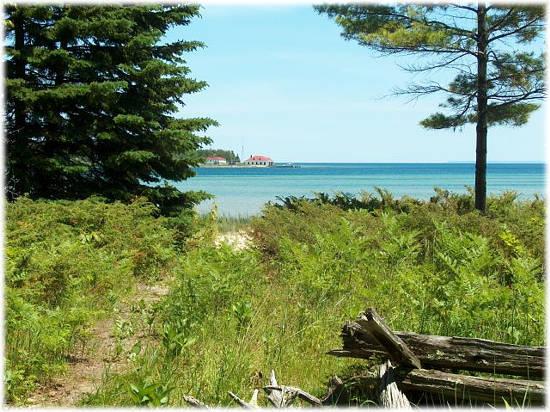 Archie LaFreniere's Paradise Bay Cottage