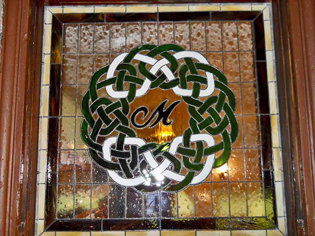 Circle-M-Bar-&-Restaurant-Stained-Glass