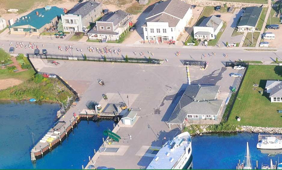 BI-Run-collage-4-harbor
